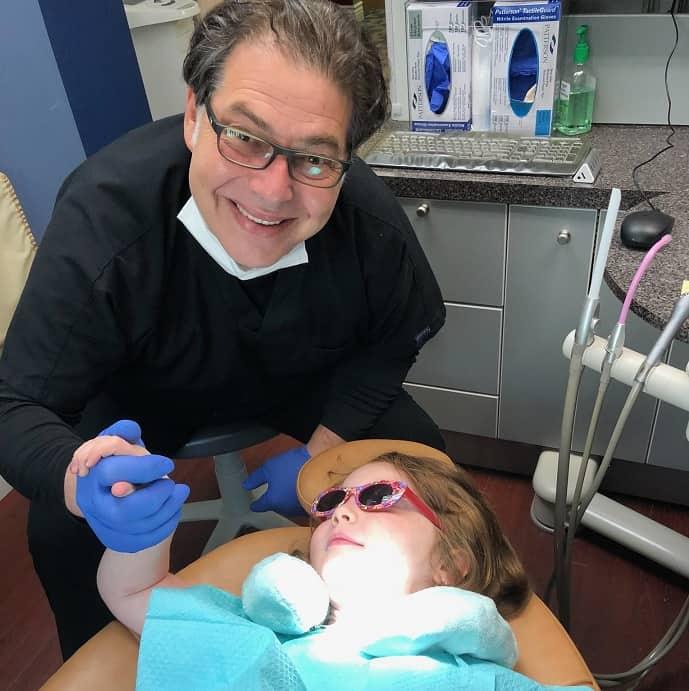 Dr. Ira Reiz : Dentist